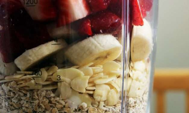 Fruit Smoothie Recipe – Strawberry & Oats