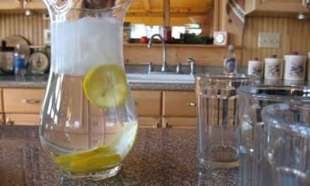 Lemon Water – The One Bad Thing You're Probably Doing