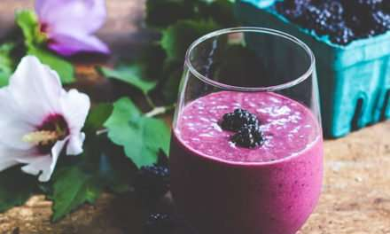 [Recipe] Blackberry Ginger Smoothie from 140 Calories